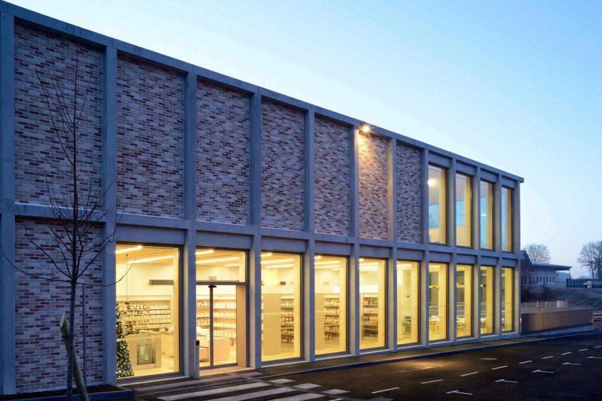 La Fabrique – Biscuiterie Cornu S.A., Fontain (Frankreich), Architekt: Atelier d'Architecture Tardy, Fotograf: Nicolas Waltefaugle